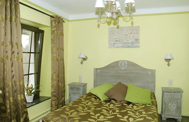 d coration chambre d 39 hotel romantique et classique chic elya b. Black Bedroom Furniture Sets. Home Design Ideas